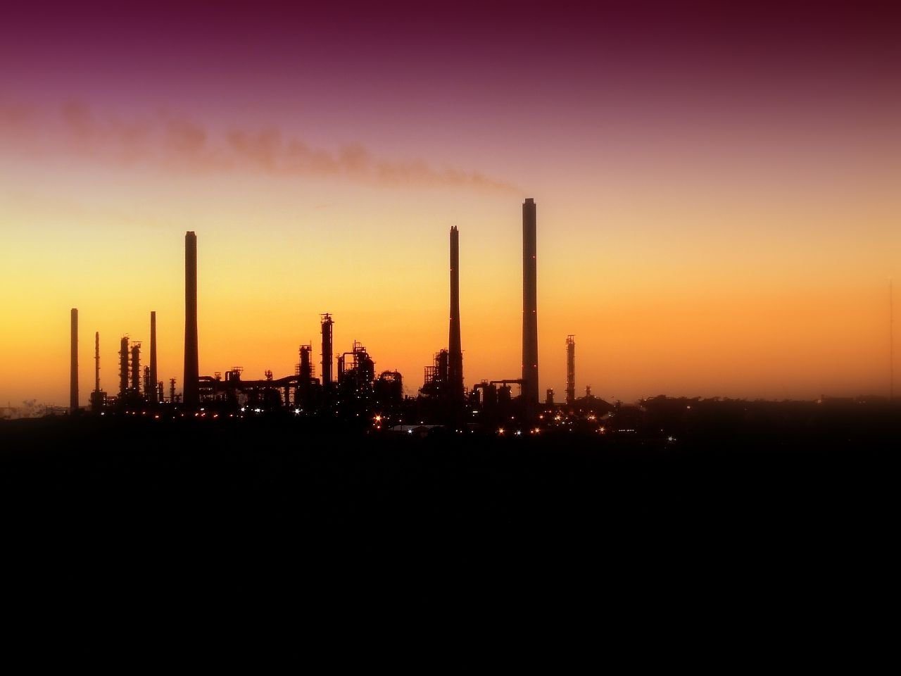 global warming oil refinery