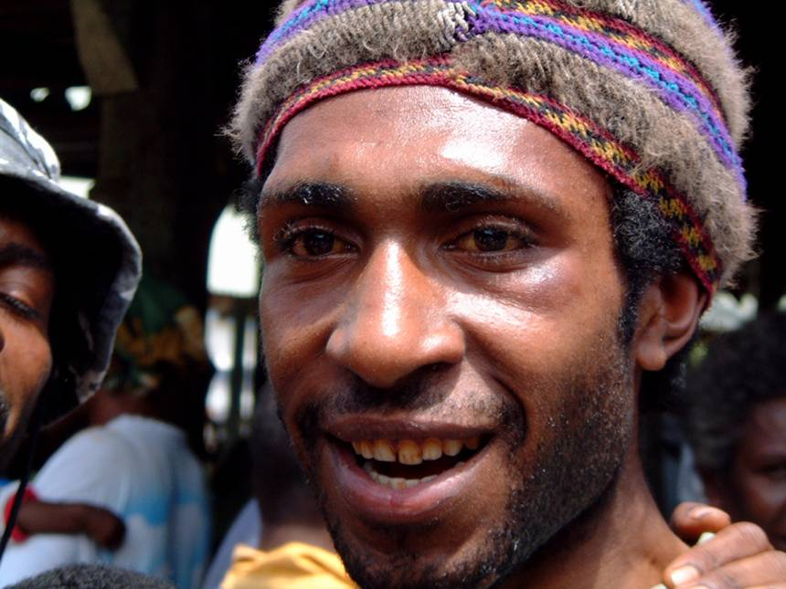 rainforest people papua new guinea
